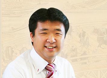 株式会社デジコム 代表取締役 前原悟